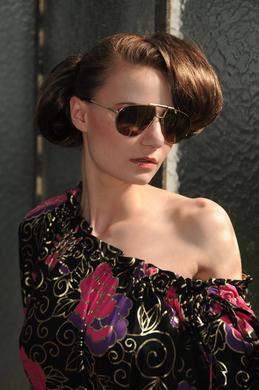 FENJA LUDWIG - Bluse mit Carmen Dekollete