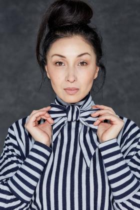 Couture de Cologne - Fledermauspullover mit Schalkragen